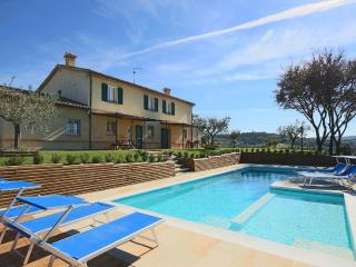 Wonderful 1 bedroom House in Barchi - Barchi vacation rentals
