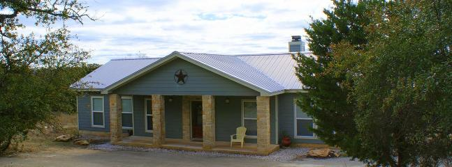 Vacation rentals in Canyon Lake