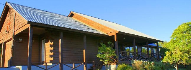 Deja View Log Cabin - Image 1 - Wimberley - rentals