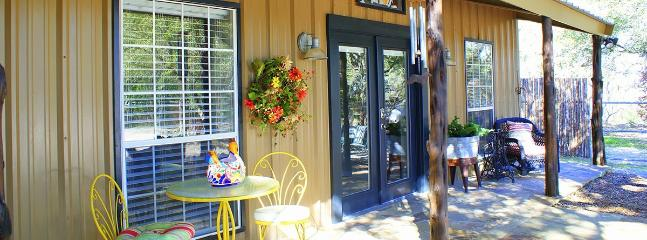 Ollie's Country Cottage - Wimberley vacation rentals