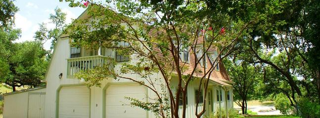 Two Dam Guest Cottages – Tree Top Suite - Blanco vacation rentals