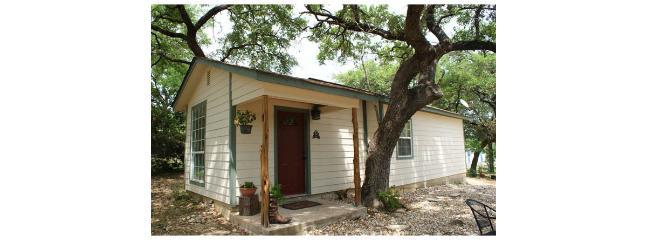 Texas Timber Inn – Cedar Suite - Image 1 - Wimberley - rentals