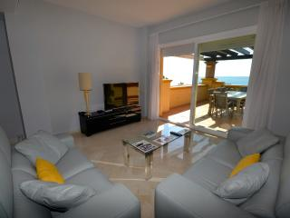 2 bedroom frontline beach apartment - Marbella vacation rentals