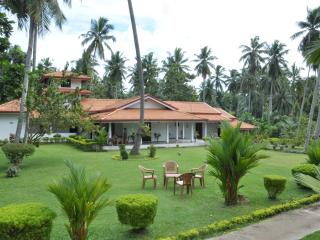 A House, Plantation and Mini Lake near Negombo. - Yatiyana Minuwangoda vacation rentals