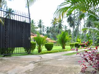 A House, Plantation and Mini Lake near Negombo. - Yatiyana Minuwangoda vacation rentals