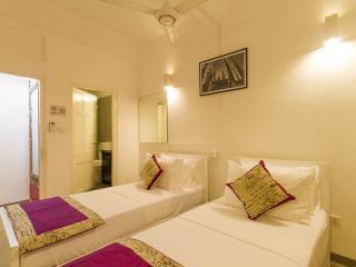 En-suite Double Room in an apartment in Colombo 5 - Colombo vacation rentals