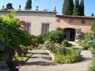 Beautiful 4 bedroom Villa in Settignano - Settignano vacation rentals