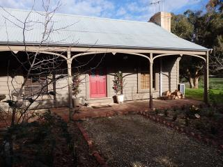 Quartz Cottage Maldon, Australia - Maldon vacation rentals