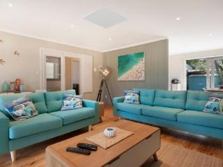 Beautiful House with Internet Access and Television - Blairgowrie vacation rentals