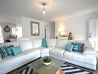 Stunning Gold Coast Accommodation - Broadbeach vacation rentals
