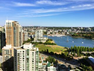 Tranquil SANCTUARY Yaletown VIEW AC - Vancouver vacation rentals