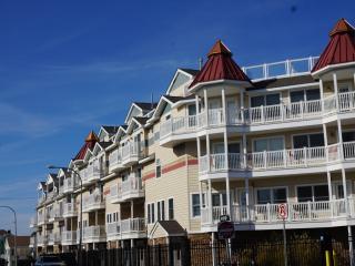 Shoreside Village, Ocean Views, Luxury 4BR/4.5BA - Seaside Heights vacation rentals