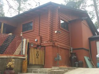 'Chateau Relaxo' (modern rustic cabin in the pines near downtown). - Prescott vacation rentals