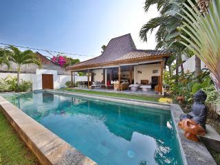 Exclusive 4 bedrooms Villa in Seminyak - Seminyak vacation rentals