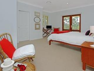 Ridge Retreat At Mollymook Tree Fern Room - Milton vacation rentals