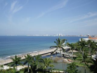 Oceanfront Puerto Vallarta 3bd 3ba Modern Luxury - Puerto Vallarta vacation rentals