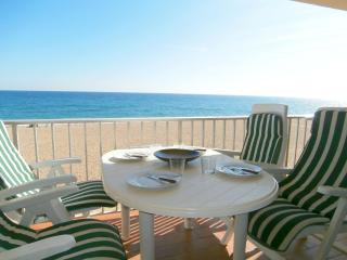 2 bedroom House with Water Views in Pals - Pals vacation rentals