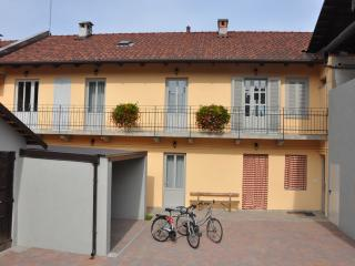 Nice Bed and Breakfast with Internet Access and Housekeeping Included - Venaria Reale vacation rentals