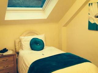 Craig Park House Bed and Breakfast - Hill View - Airdrie vacation rentals