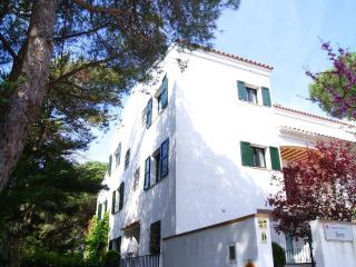 6 Bedroom home, 4 min walk to Beach - Calella De Palafrugell vacation rentals