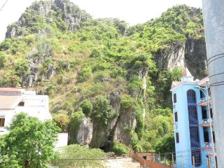 Nice House with Internet Access and A/C - Phong Nha-Ke Bang National Park vacation rentals