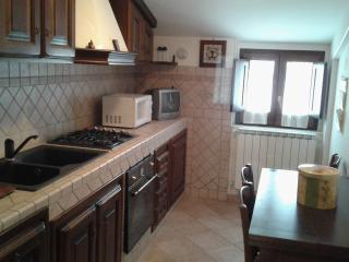 Casa Vacanze Roccacinquemiglia 4 km da Roccaraso - Castel di Sangro vacation rentals