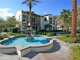 Highly Sought After Legacy Villas Townhome on Pool (LV987) - La Quinta vacation rentals