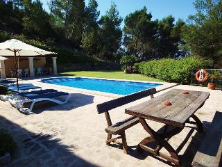 Nice Cottage with Internet Access and Dishwasher - S' Horta vacation rentals