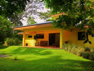 Arenal Luxury Paradise | Wildlife all around - La Fortuna de San Carlos vacation rentals