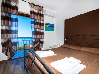 """B&B A Mare """"Zingaro"""" - Castellammare del Golfo vacation rentals"""