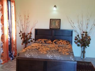 Nice 7 bedroom Guest house in Gros Islet - Gros Islet vacation rentals