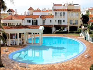 Merengue Red Apartment, Vilamoura, Algarve - Vilamoura vacation rentals