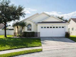 Amazing Kissimmee Pool Villa minutes from WDW - Kissimmee vacation rentals