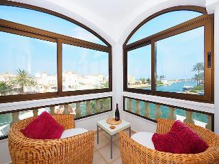 Tres bel appartement face a la mer - Empuriabrava vacation rentals