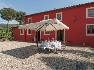 Villa Raffaello - Vorno vacation rentals