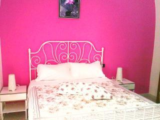 Cozy 3 bedroom Bed and Breakfast in Altamura - Altamura vacation rentals
