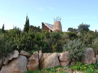 Villa Nuraghe con splendida vista mare - Conca Verde vacation rentals