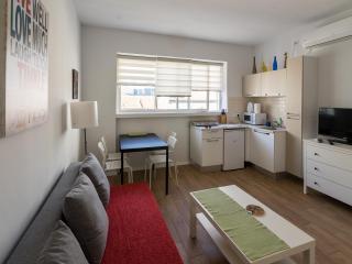 Jerusalem D One-bedroom Apartment - Jerusalem vacation rentals