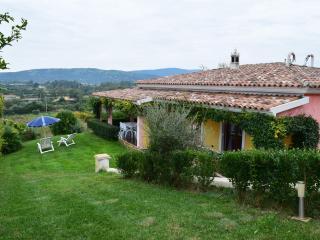 villa lolotha lux - La Caletta vacation rentals