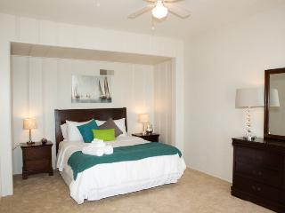 LB003 Laguna Beach Studio w/ Ocean Views! - Laguna Beach vacation rentals