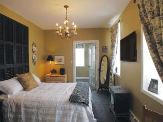 The McNab Suite At The Chepstow Inn - Kincardine vacation rentals