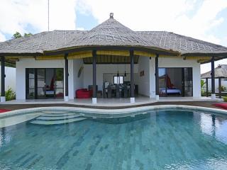 Villa Cendrawasi - Ungasan vacation rentals