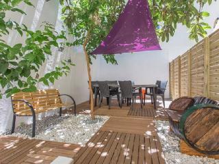 Bica / Chiado - Garden House - Lisbon vacation rentals