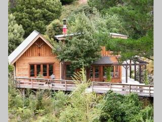 Birdsong Lodge - Little River vacation rentals
