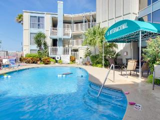 Spacious, dog-friendly condo with shared pool and hot tub! - South Padre Island vacation rentals