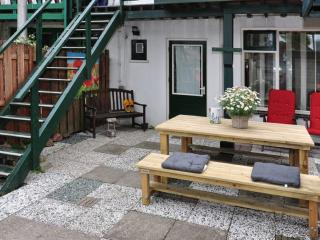 2 bedroom Apartment with Internet Access in Zandvoort - Zandvoort vacation rentals