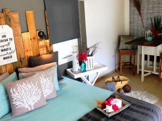 The Beach Shack, $99, Palm Beach - Palm/Eagle Beach vacation rentals