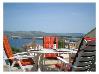 Top Floor Apartment, Sea View, Large Terrace - Okrug Gornji vacation rentals