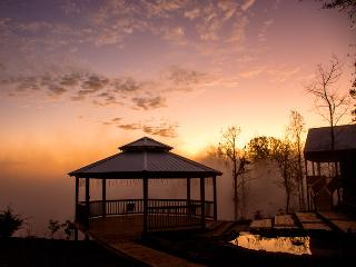 8th cabin of gated community awesome view hot tub - Chattanooga vacation rentals