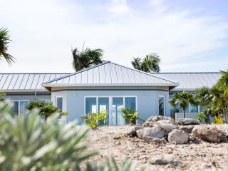 Villa Elemni, Beachfront with pool - Whitby vacation rentals